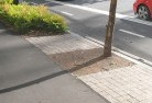 Alcomie Landscaping kerbs and edges 10